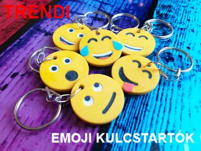 Trendi emojis kulcstartók - 3D-s ajándéktárgyak