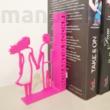 Egyedi romantikus könyvtámasz