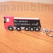 Egyedi kamionos kulcstartó