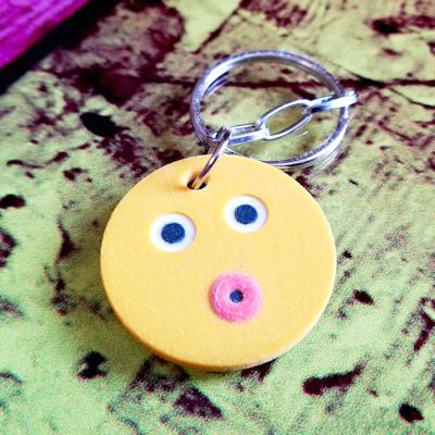 Kissing Face Emoji Keychain - 3d printed keychain