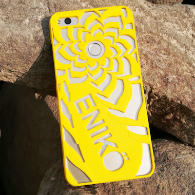 Flower Phone Case with Custom Text - 3d printed